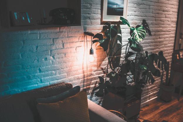 Quelle différence entre lumière directe et indirecte?